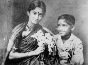 Durgabai Kamat,indianness